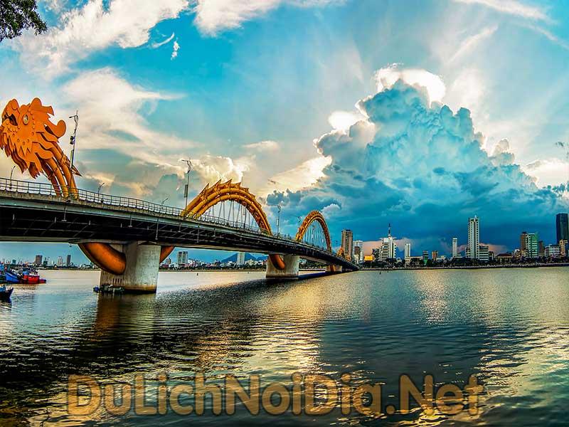 khi hậu tại Đà Nẵng rất dễ chịu và ôn hòa