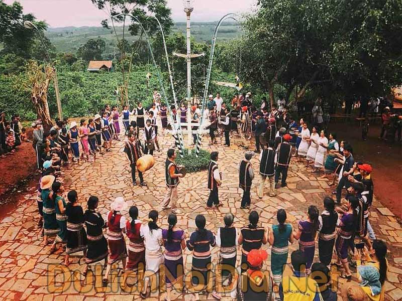 lể hội văn hóa cồng chiên