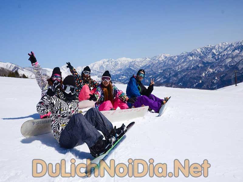 trược tuyết tại núi Phú Sĩ thật thú vị